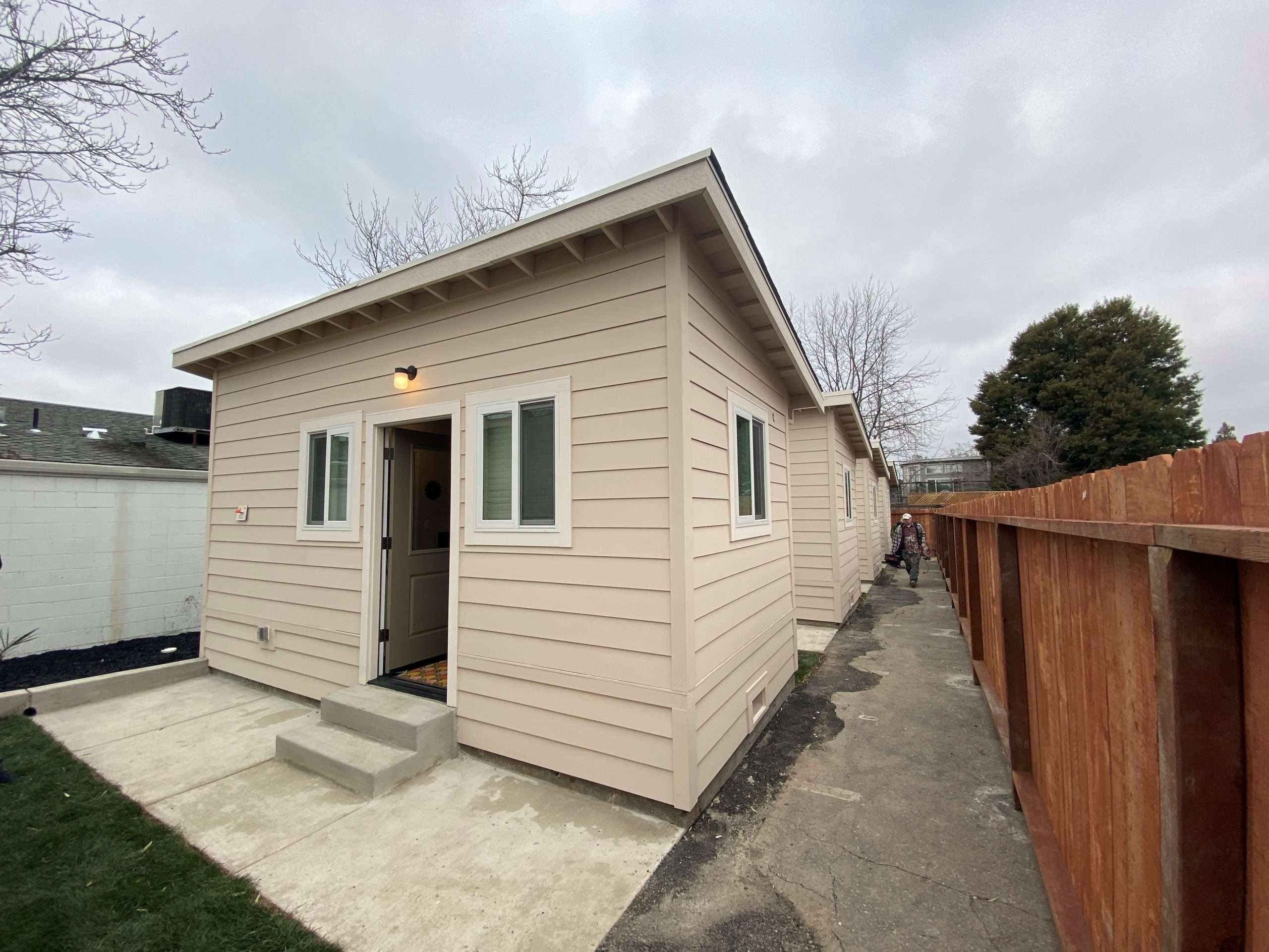 Northern California Builds Tiny Homes with Big Hopes